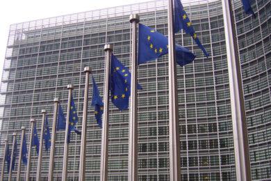 Pedimos más transparencia y más control de la inversión pública a la Comisión Europea