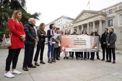 """Más de 500 organizaciones protestamos frente al Congreso para pedir soluciones ante una crisis social y ambiental """"sin precedentes"""""""