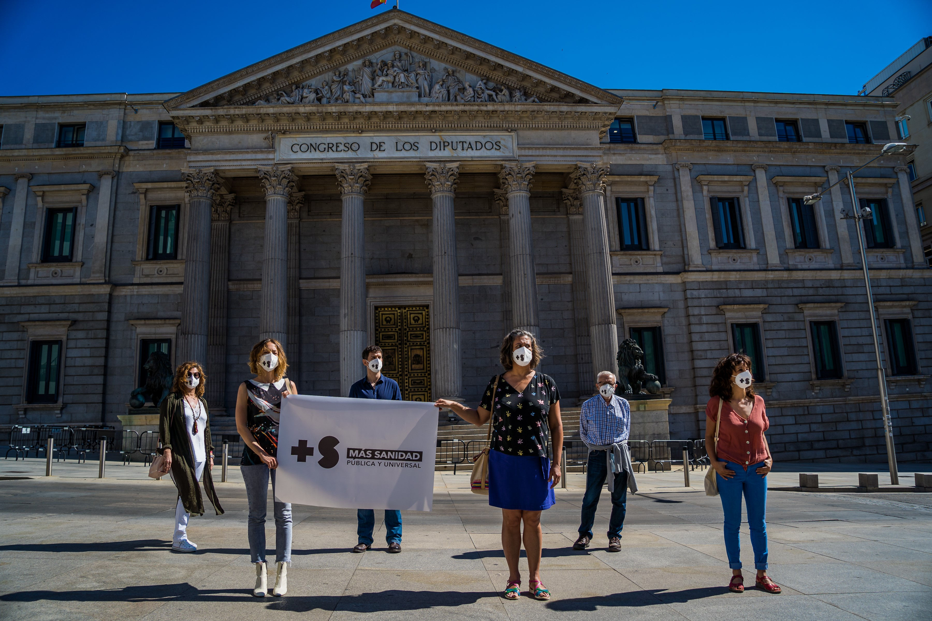 After all the applause, it's time to strengthen the  Spanish National Healthcare System