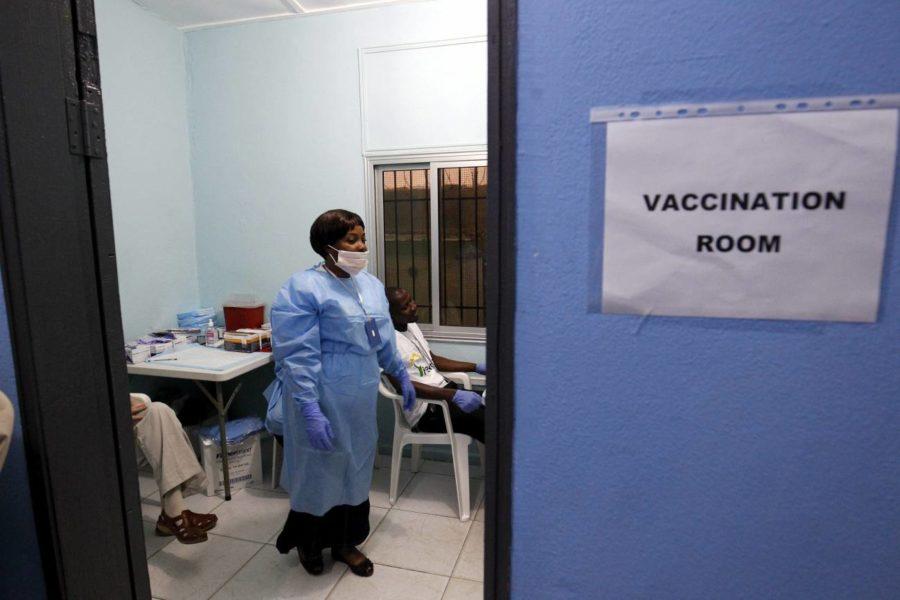 Si queremos una vacuna accesible para todo el mundo, las farmacéuticas no pueden tener monopolios
