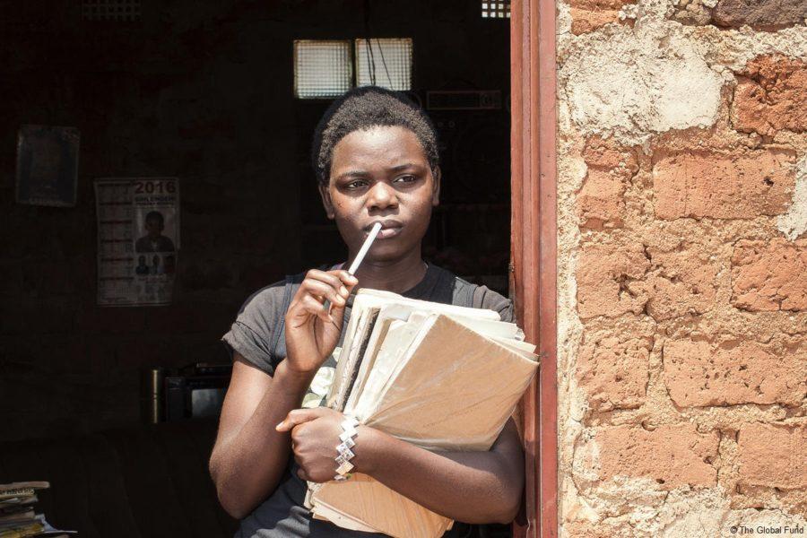 Covid19 y VIH: las niñas adolescentes y mujeres jóvenes, más expuestas aún al sida